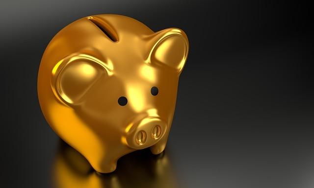 Když úspory nestačí, pomůže online půjčka